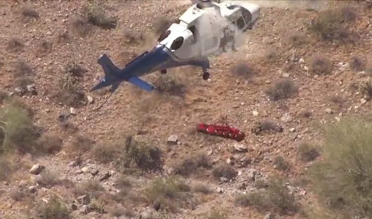 Драма за време на спасување на планинарка со хеликоптер: Ја ставија на носилка, па започна пеколот (ВИДЕО)