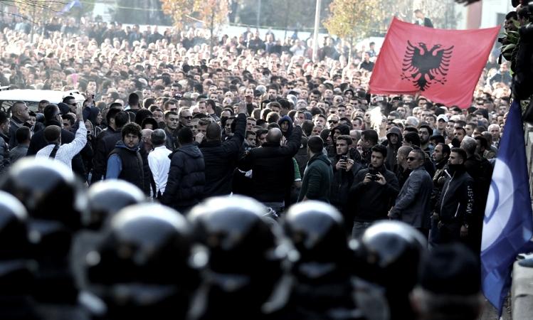 За изборите в недела ќе бидат ангжиран над 12.000 полициски службенци