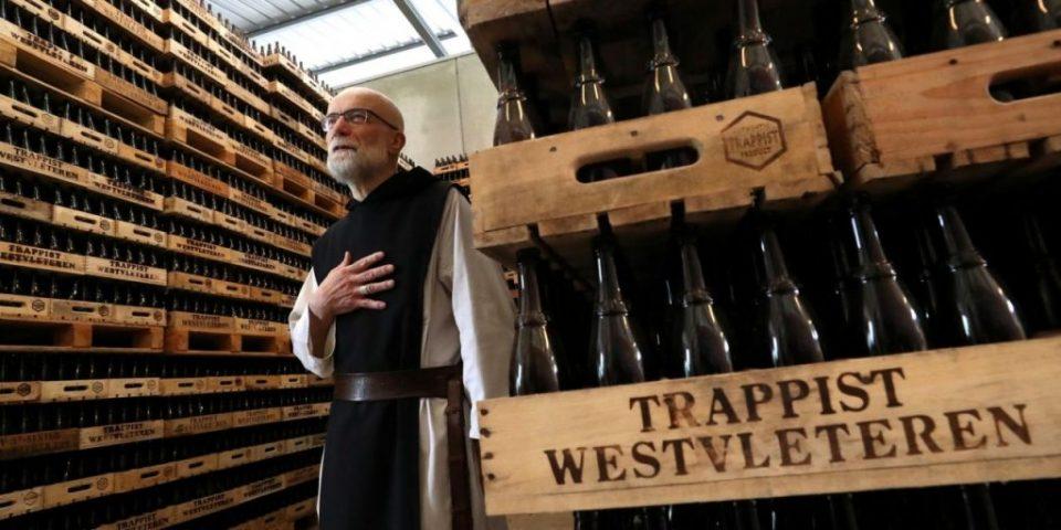 Пиварница во манастир: Монаси во Белгија произведуваат и продаваат пиво на интернет