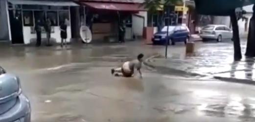 ВИДЕО: Забележан е Цацко во Велес