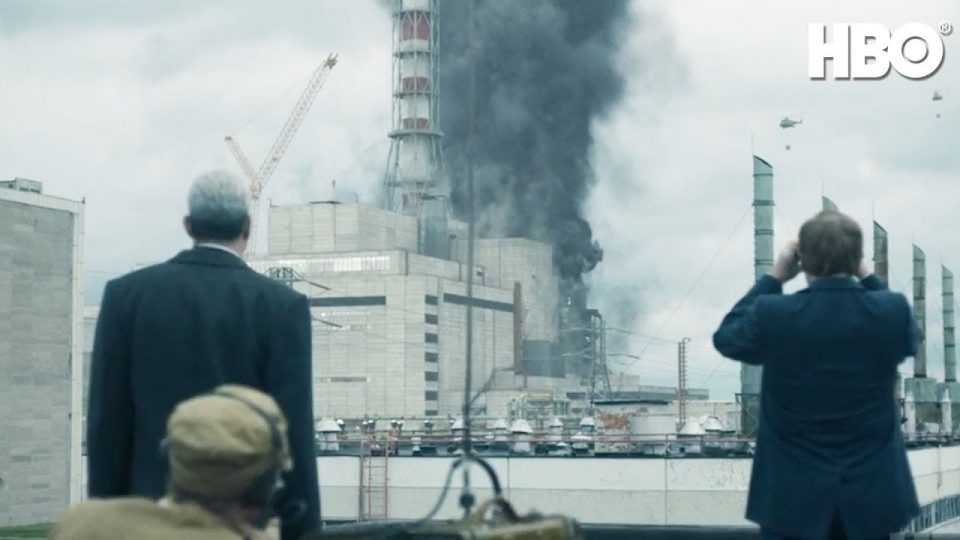 """Сценаристот на """"Чернобил"""" бил восхитен од реакциите на гледачите од Русија и Украина"""