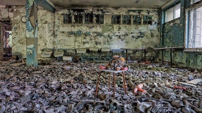 Врие од туристи во Чернобил: Важни правила за посетите, што добивате и што не смеете?