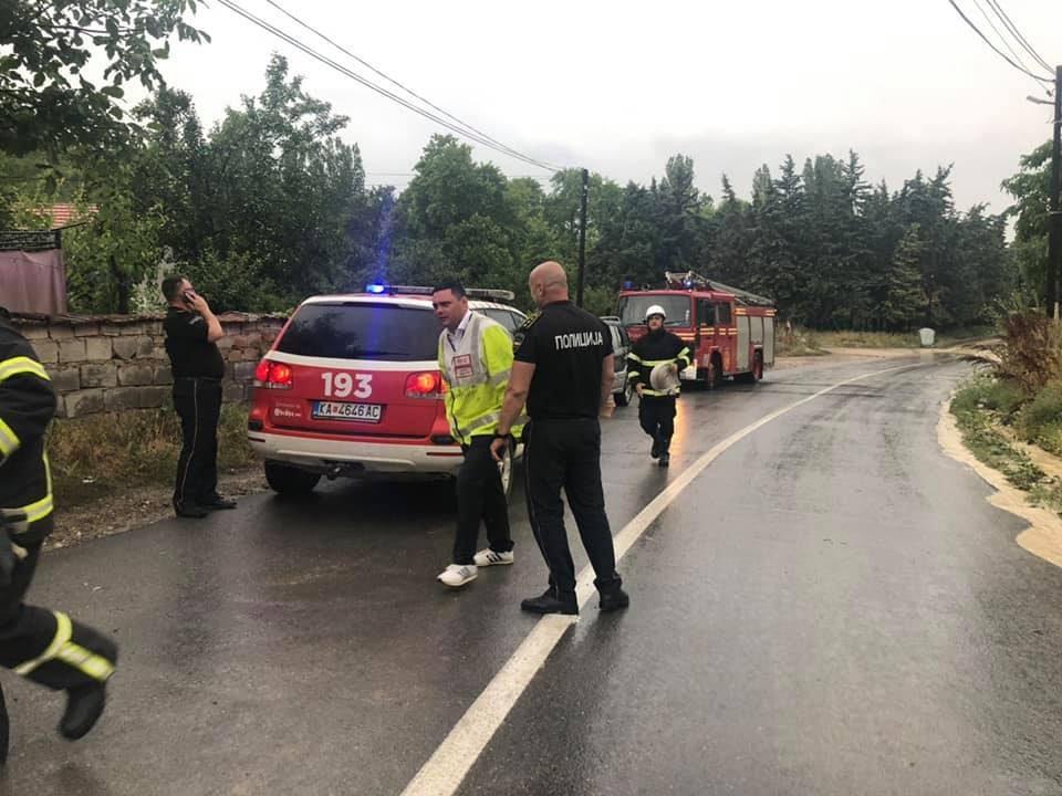 По невремето во Кавадарци Митко Јанчев на терен- сите нанесени штети се навремено санирани (ФОТО)