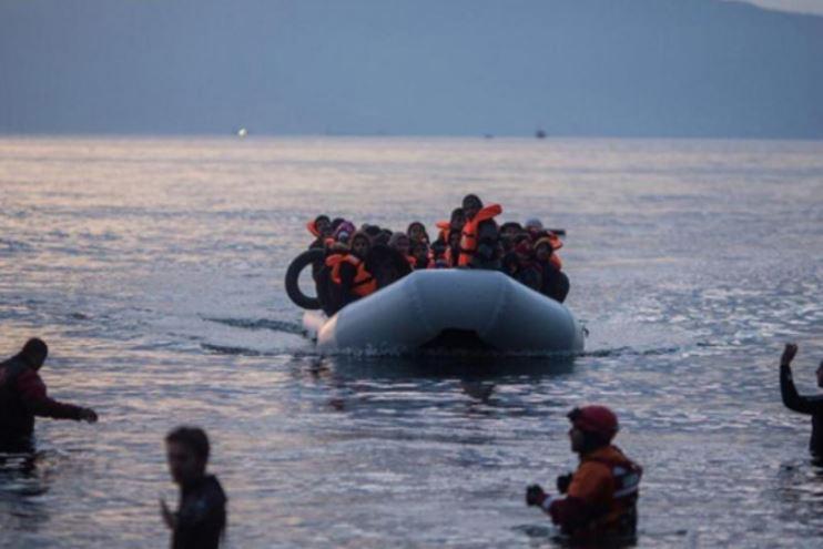 Kај грчкиот остров Лезбос потона чамец со илегални мигранти