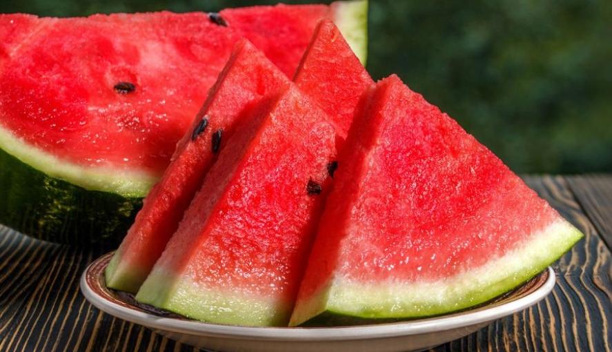 Кога ќе дознаете колку е корисна лубеницата, ќе почнете да ја јадете секој ден