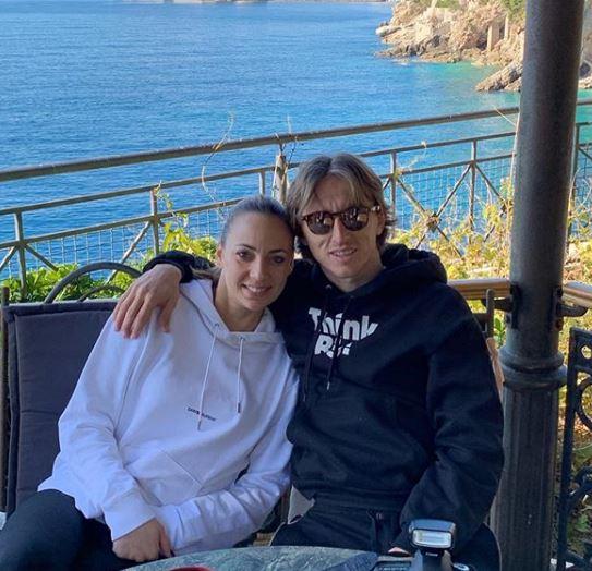 Лука Модриќ на луксузен одмор- ќе се изненадите кога ќе видите кој му прави друштво на фудбалерот