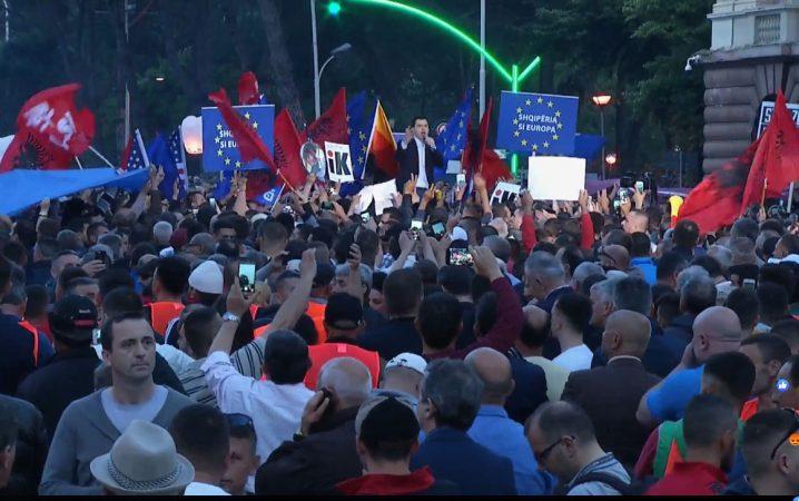 Баша го заврши осмиот протест со порака дека битката продолжува се до заминување на Рама