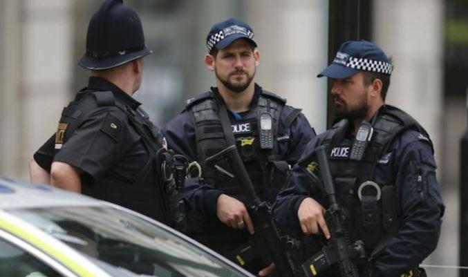 """""""Телеграф"""": Лондон криел терористички заговор поврзан со Иран"""