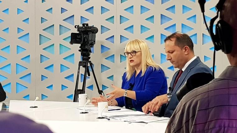 Распад во владата: Спасовски и Десковска јавно се скараа на ТВ емисија