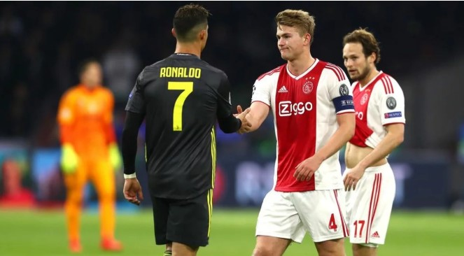 Де Лихт ќе стане втор најплатен играч во Серија А по Роналдо