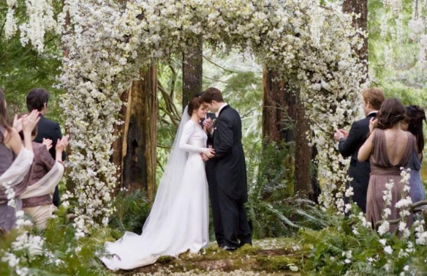 Знаете ли зошто невестата секогаш се наоѓа од левата страна на младоженецот