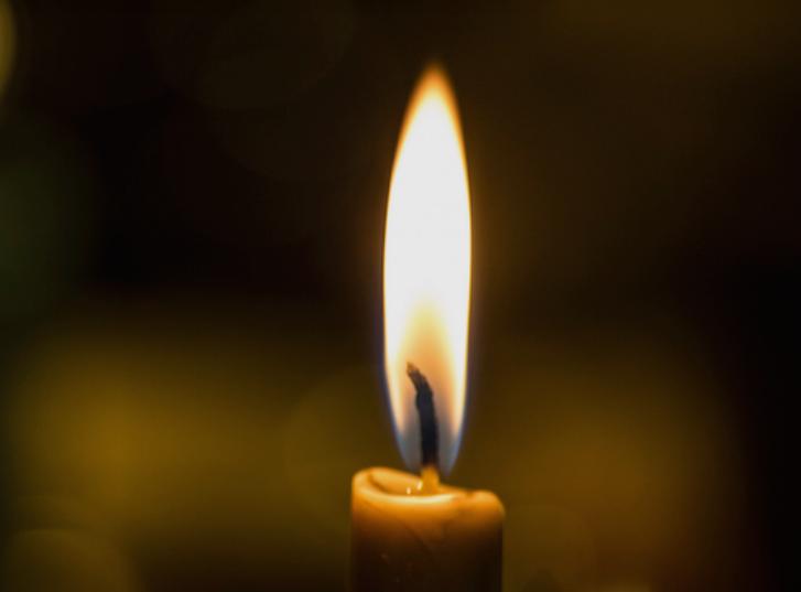 ТРАГИЧНА ВЕСТ ОД БРОДВЕЈ: Згасна малата ѕвезда, почина 13-годишната Лорел Григс