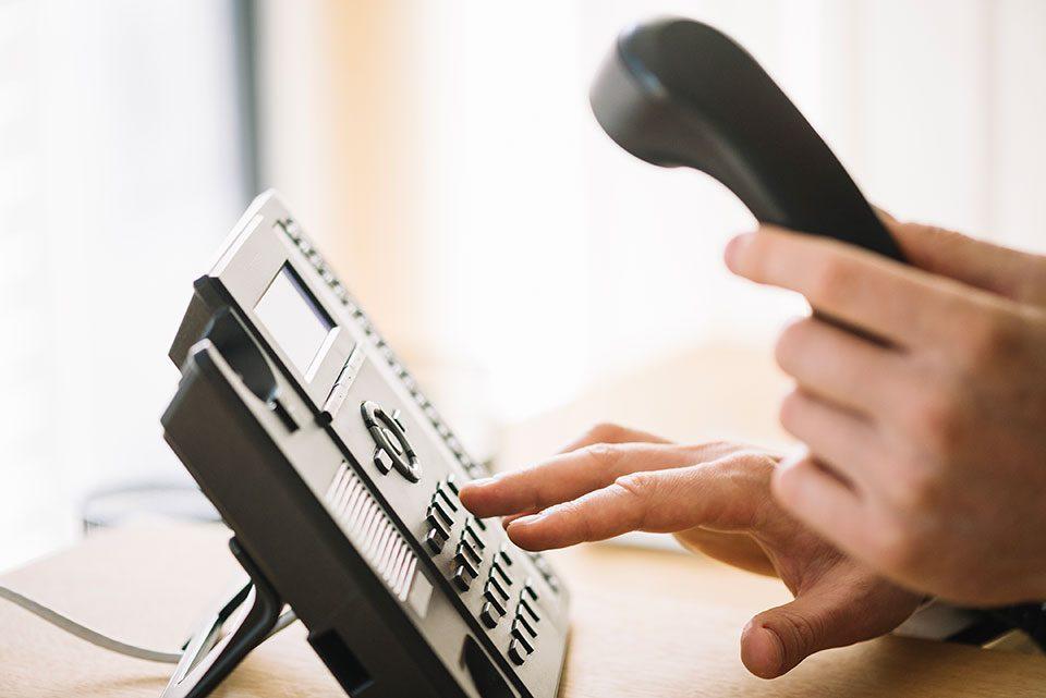 5 работи кои можете да ги дознаете со еден телефонски повик