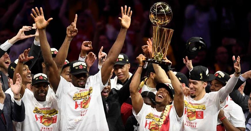 Голден Стејт го предаде тронот, Торонто со историска титула во НБА