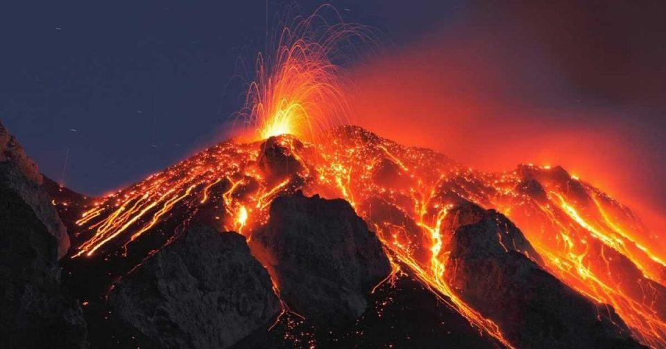 Евакуирани 15.000 луѓе поради ерупција на вулкан во Папуа Нова Гвинеја