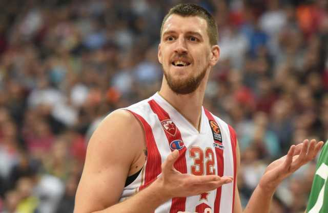 Српски кошаркарски репрезентативец тешко повреден во сообраќајна несреќа