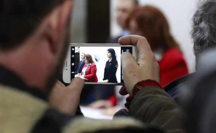 Телефонот на Јанева треба да даде информации за истрагата против Боки 13