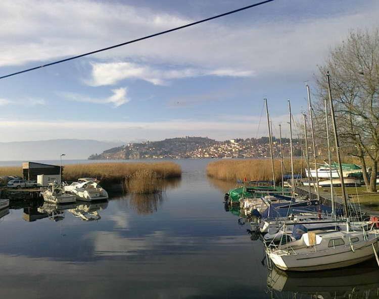 Бродарите на Охридското Езеро да ги почитуваат мерките за спречување на ширење на коронавирусот