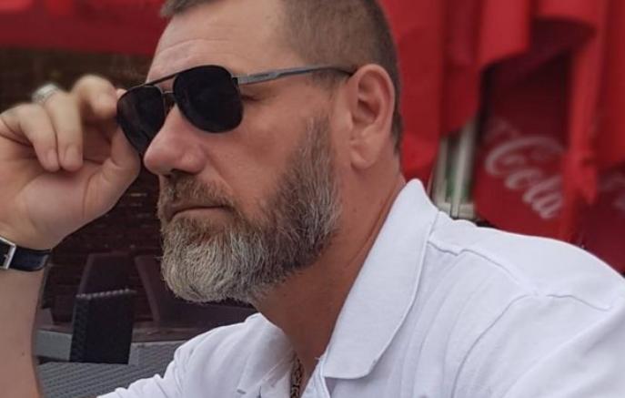 Дали носењето оружје или обвинувањата за корупција беше причината за смената на директорот Исени?