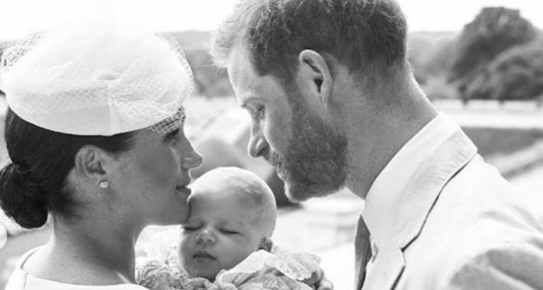 На крштевката на синот Арчи: Принцот Хари вака искажа посебна почит за својата покојна мајка Дајана (ФОТО)