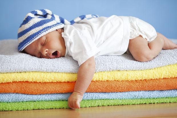Храна која предизвикува гасови кај бебињата- внимавајте на овие работи кога им ги давате на децата