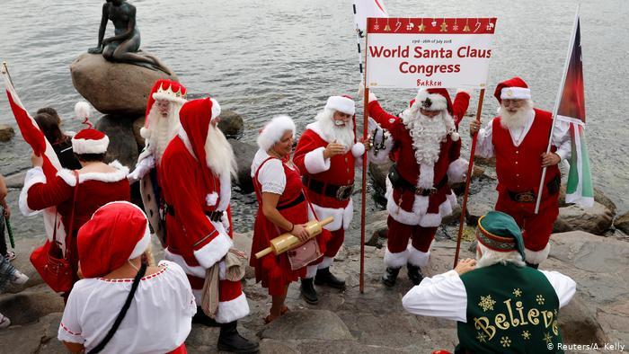Конгрес на дедо-мразовци во Копенхаген