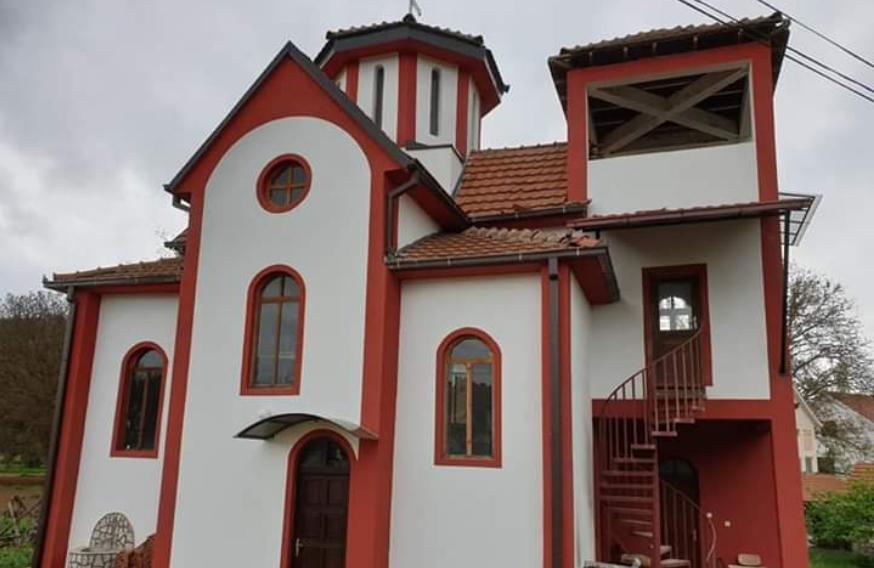 По долги години се слушна црковното ѕвоно во делчевско Габрово