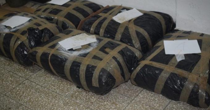 Во полициска акција откриена лабораторија со еден тон дрога