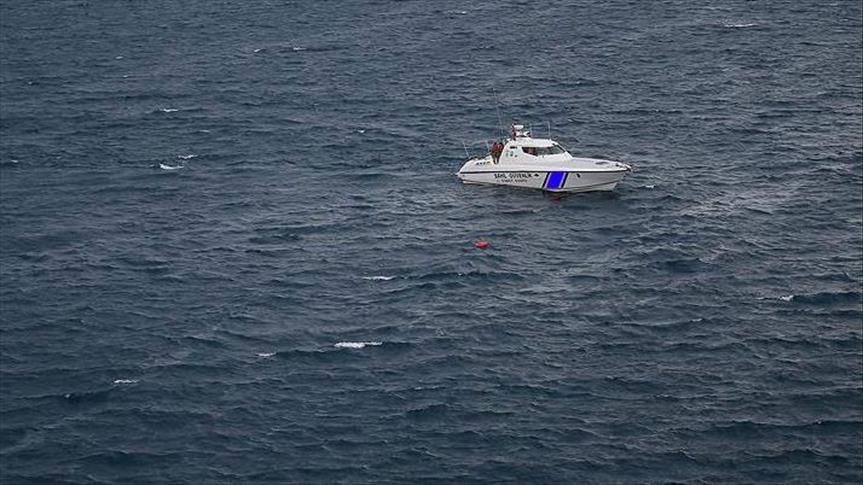 Загинаа четири лица во судир на грчки танкер со турски рибарски брод