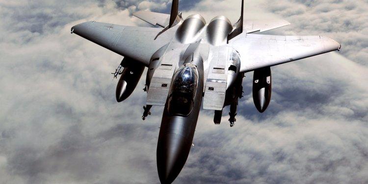 Јужнокорејски воени авиони пукале на руски воен авион