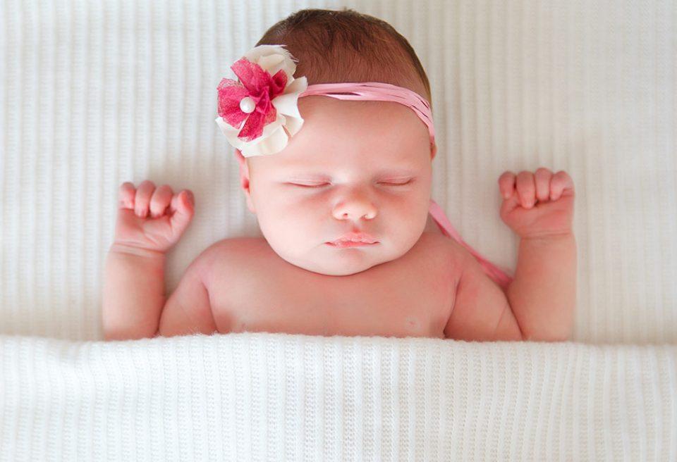 Која е најбезбедната положба на спиење за бебињата?