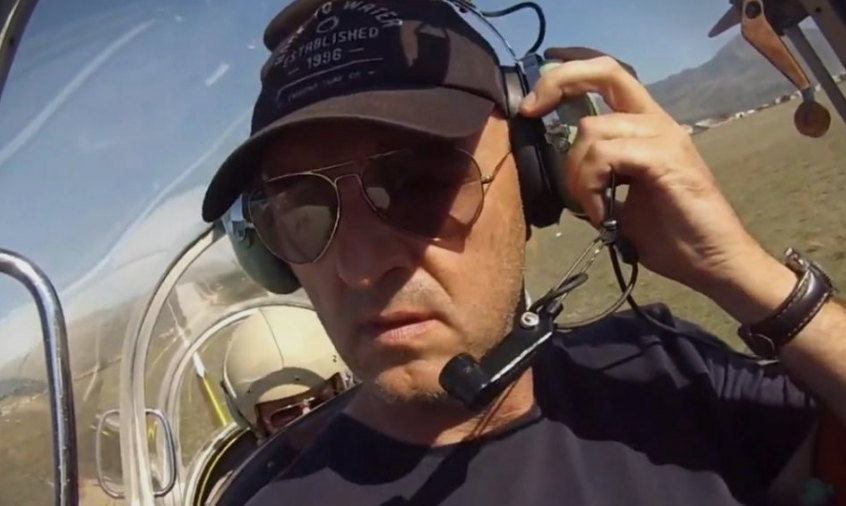 Детали за авионската несреќа во Србија: Загина пилотот кој изведувал акробатски лет (ФОТО)