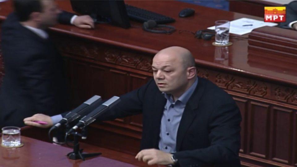 Манојлоски: Предлог закон на ВМРО-ДПМНЕ  и Коалицијата е со цел спречување на иселувањето на лекарите од Македонија