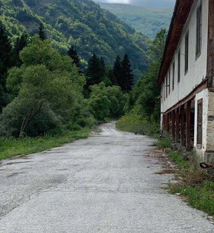 Преминот Стрезимир-Рестилица од утре до 20 август отворен за минување