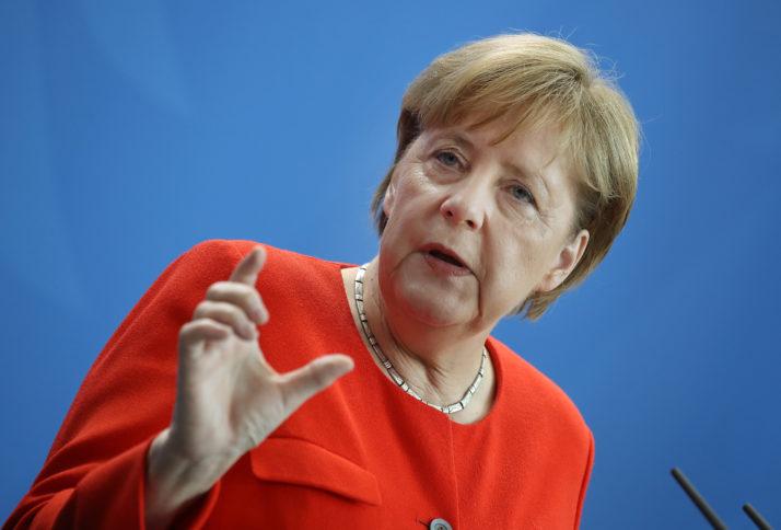 Меркел: Германските работодавачи итно бараат квалификувана работна сила