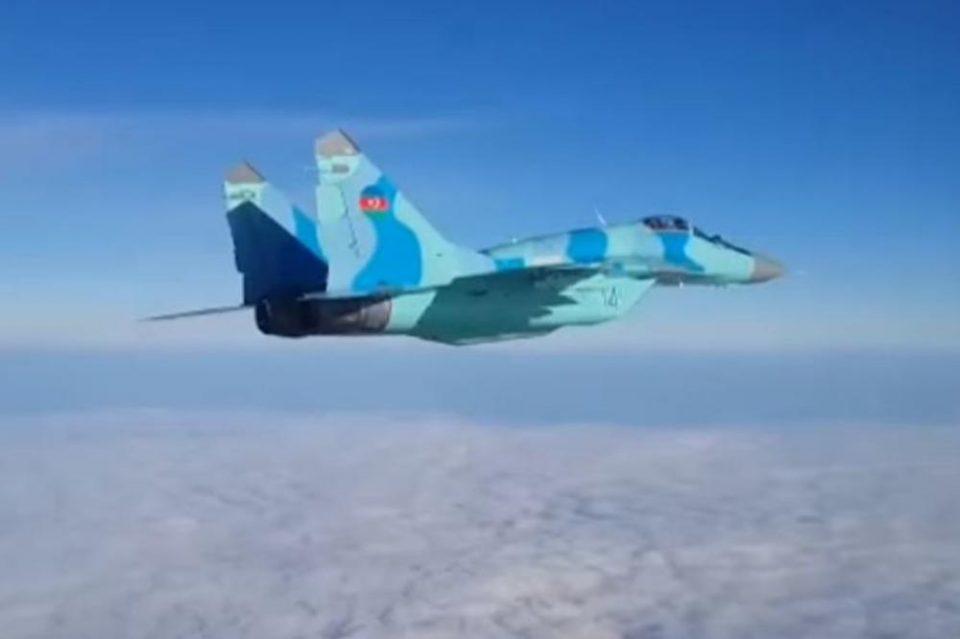 Се сруши воен авион, се трага по пилотот