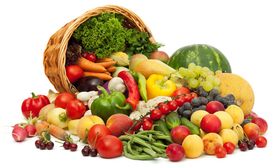 Листа од 13 најотровни производи: Овие овошја и зеленчуци имаат најмногу пестициди- внимавајте!