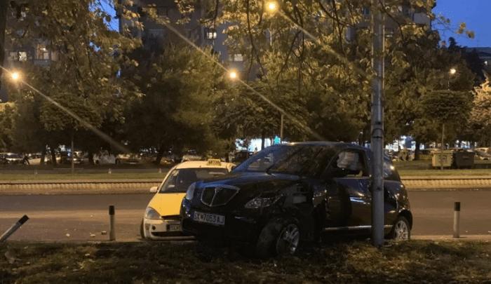 """Tешка сообраќајна несреќа на """"Партизанска"""", има повредени лица"""