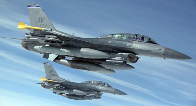 Бугарија ќе купува осум борбени авиони Ф-16 за 1,2 милијарди долари
