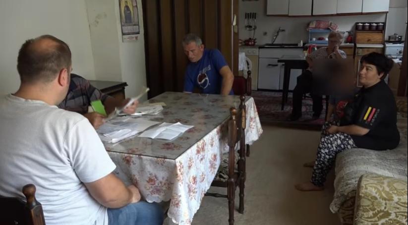 Петчлено семејство од Прилеп едвај преживува со 150 евра месечно: Немаат за храна и лекови, живеат без струја и молат за помош
