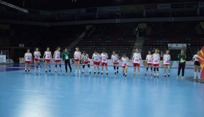 Младите ракометарки го победија Косово на ЕХФ шампионатот