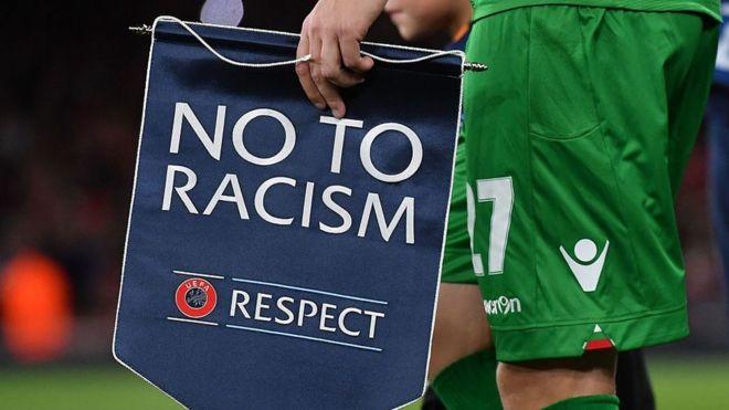 Драстичен скок на расизмот во англискиот фудбал