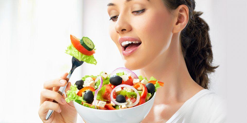 Никогаш нема да ослабете ако овие намирници ги ставите во оброците и салатите!