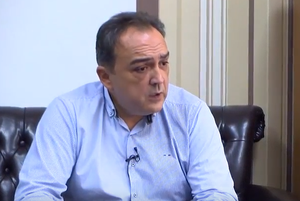 Интервју со Менкиновски: Владата наводно бара решение за СЈО, а моли Бога да не го најде, нашиот закон треба да обезбеди правда