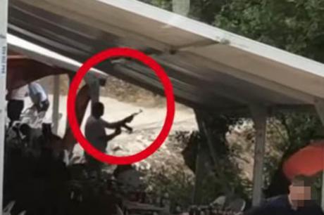 ВИДЕО: Харадинај пукаше на прослава – испукани над илјада куршуми