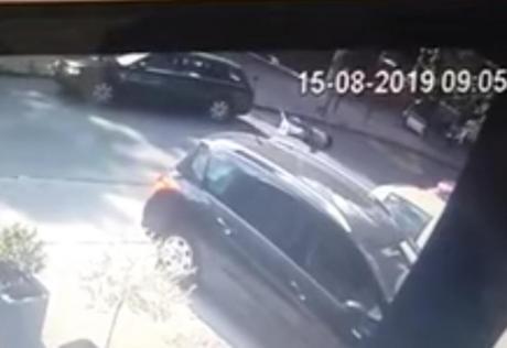 """ВИДЕО: Тешка несреќа во Белград- четиригодишно девојче и дадилка прегазени од """"ауди А6"""""""