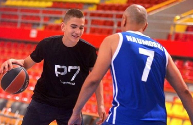 Македонија ги губи талентите: Синот на Петар Наумоски ќе игра за Италија?