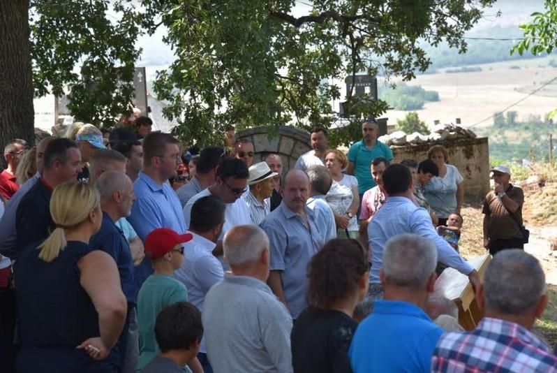 Мицкоски до народот: Потребни се итни парламентарни избори- мораме заедно да ја промениме сликата за политичарите, зошто што едноставно ќе ја загубиме Македонија