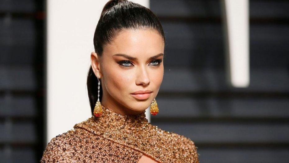 Адријана Лима во фустан прогласен за модна катастрофа (ФОТО)
