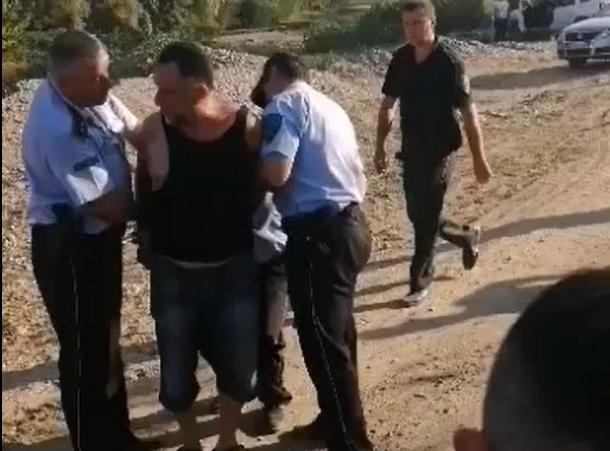 Хаос на протест во кумановско: Нападната инспекторка, повреден претседател на месната заедница, еден насилник приведен (ВИДЕО)